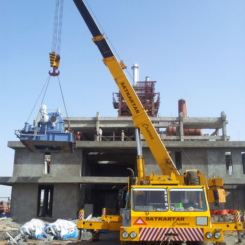 Crane Service Provider in Ahmedabad